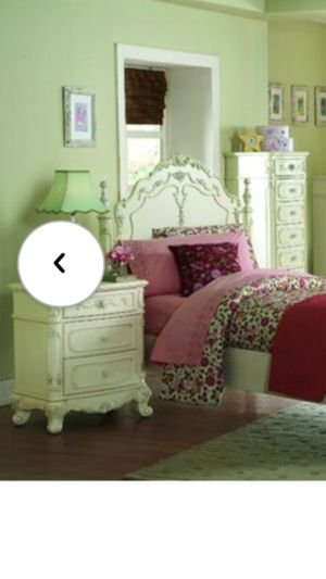 Bedroom Set Victorian Style for Sale in Everett, WA