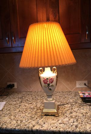 Vintage porcelain lamp base for Sale in Sun City, TX