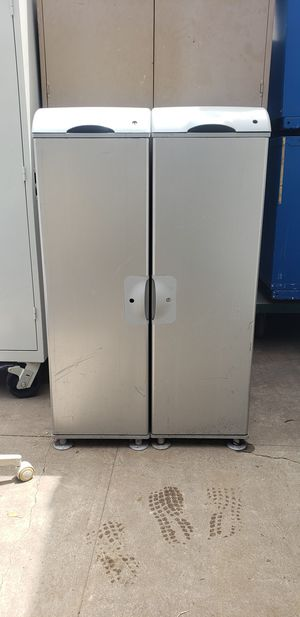 2 metal storage cabinets for Sale in Fullerton, CA