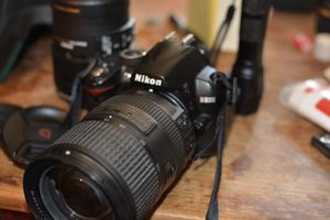 Nikon 18-300mm Lens for Sale in San Diego, CA