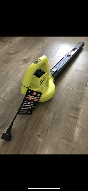 Brand new in the box leaf blower very powerful😊 for Sale in Las Vegas, NV