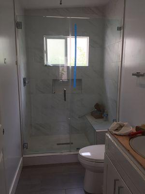Shower door for Sale in Covina, CA