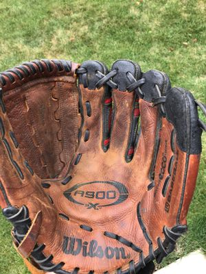 Wilson A900 12.5 inch baseball softball glove for Sale in Tinley Park, IL
