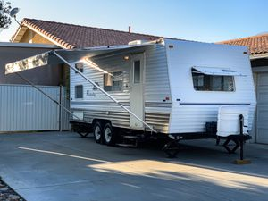 Updated 2006 20' Weekender Skyline 180 Travel Trailer for Sale in Upland, CA