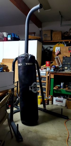 TKO Punching Bag and Bar for Sale in Gresham, OR