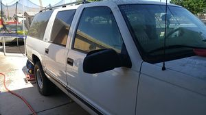 1999 GMC 2500 Suburban for Sale in North Las Vegas, NV