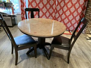 Dining furniture for Sale in Hayward, CA