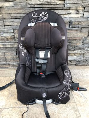 SAFETY FIRST CONVERTIBLE CAR SEAT WITH SIDE AIR IMPACT for Sale in Colton, CA