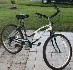 """26"""" Huffy 6 speed cruiser for Sale in Kissimmee, FL"""