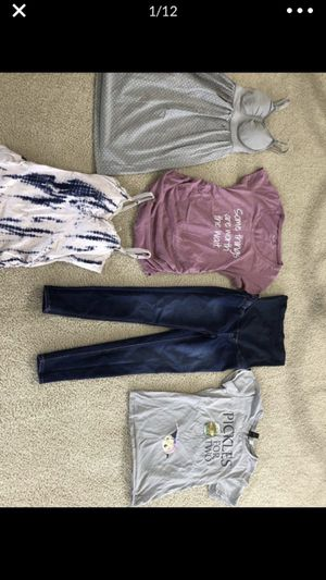 Maternity clothes for Sale in New Port Richey, FL