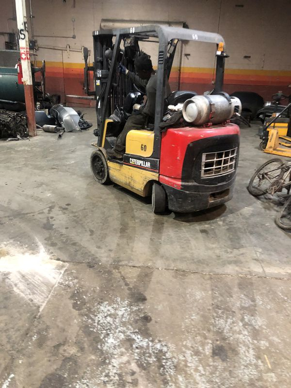 2007 CAT forklift. In a very good condition I'm just moving out of town that's why I am selling it