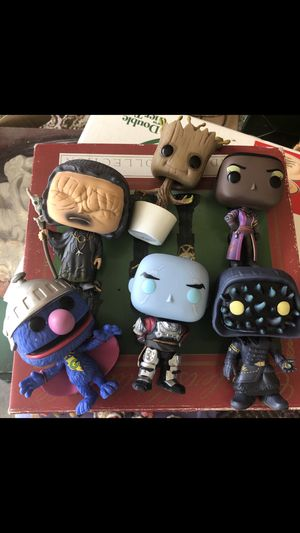 6 pop funko figures for Sale in Newport News, VA