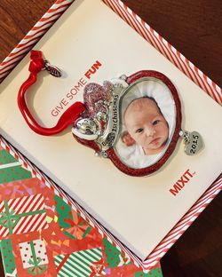 'Babys First Christmas' Picture Ornament - BORN IN 2015 for Sale in Glendora,  CA
