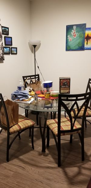 Dining/patio table and chairs for sale for Sale in Bellevue, WA