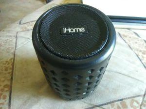 Ihome Bluetooth portable speaker for Sale in Lincoln, NE