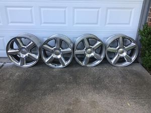 20 inch Chevy polish chrome stock rims 6 lugs for Sale in Tomball, TX