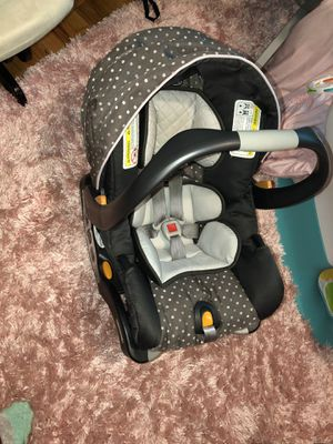 Chicco bravo car seat stroller travel system in lilla for Sale in Oppelo, AR