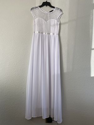 White dress for Sale in Sedalia, MO