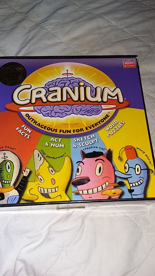 CRANIUM BOARD GAME, 4 TIME TOY OF THE YEAR WINNER, & MINI FIDGET SPINNER!