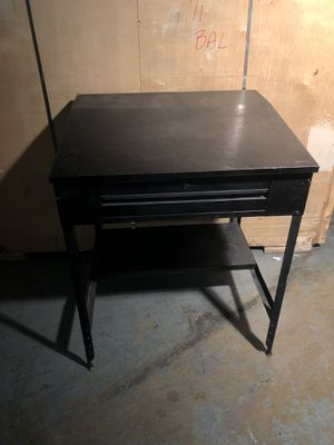 Metal Work bench for Sale in Takoma Park, MD