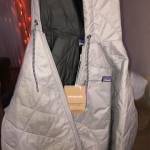 Patagonia Men's Bomber Jacket Men's Small NWT $80 for Sale in Garden Grove, CA