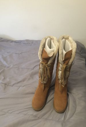 Michael kors women Suede fleece boots for Sale in Fort Washington, MD