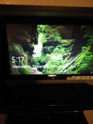 HP touchscreen computer with wireless keyboard and mouse for Sale in Jacksonville, FL
