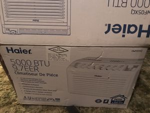 Haier window air conditioning unit for Sale in Burnham, IL
