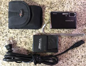 Nikon Coolpix S50 7.2MP Digital Camera with 3x Optical Vibration Reduction Zoom (Black) for Sale in Long Beach, CA