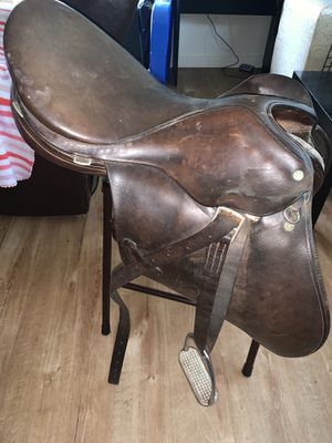 Crosby English Saddle for Sale in Battle Ground, WA