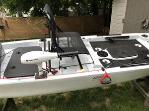 Ascend 128T kayak wYak Power and w Mods for Sale in Providence, RI