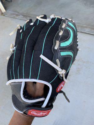Rawlings Glove Softball Champion Lite for Sale in Hesperia, CA