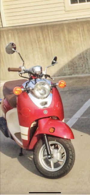 Yamaha Vino moped 2015 approximately 110 Mile. for Sale in Fairfax, VA