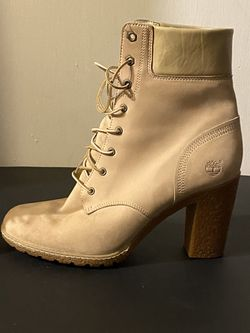Women's Timberland Boots Hard To Find! for Sale in Midwest City,  OK