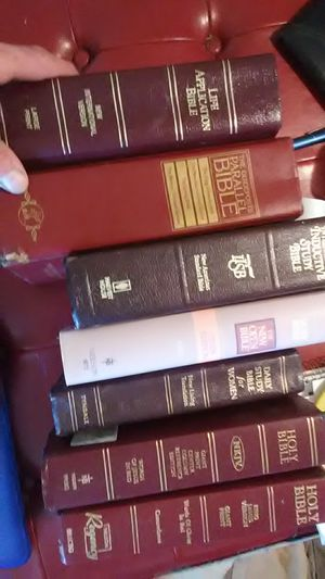 Very good Bibles for Sale in Bakersfield, CA