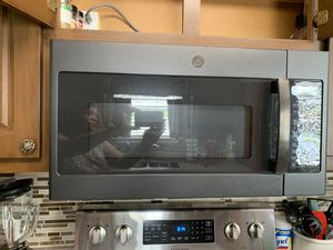 G E above stove Microwave for Sale in Ellenwood, GA