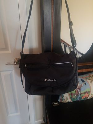 Columbia diaper bag and insulated bottle bag for Sale in Eddington, PA