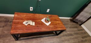 Coffee table for Sale in Queen Creek, AZ