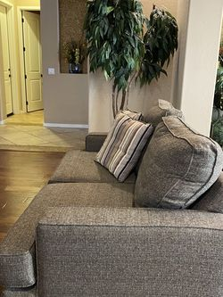 Loveseat for Sale in Litchfield Park,  AZ