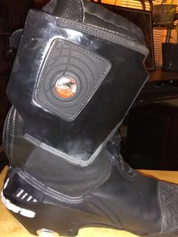 Riding Boots Size 9 for Sale in SeaTac,  WA