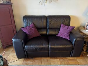 Leather 2 Seat Reclining Loveseat for Sale in Alexandria, VA