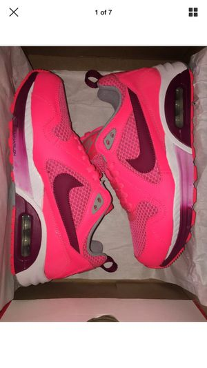 new concept 2c7c7 db45e New Women s Nike Air Max Trax Size 7 Hot punch pink Orange-grey 631763
