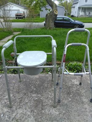 Medical chair and Walker for Sale in Lima, OH