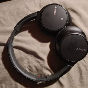 Sony WH700N for Sale in New Brunswick, NJ