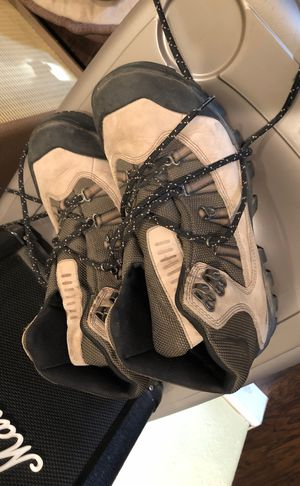 Timberland hiking boots for Sale in Los Angeles, CA