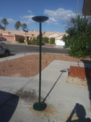 Green floor lamp pickup only for Sale in North Las Vegas, NV