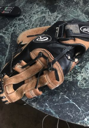 Baseball glove for Sale in Indianapolis, IN