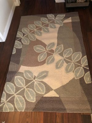 New Home Decor Accent Nature Rug 3.5 X 5.5 for Sale in San Bernardino, CA