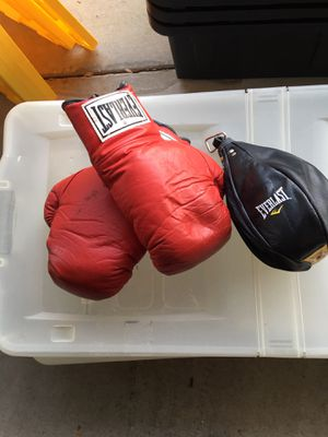 Boxing gloves and speed bag for Sale in Lady Lake, FL