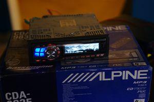 ALPINE CDA-9835 CD/MP3 RECEIVER head unit, subwoofer for Sale in Phoenix, AZ